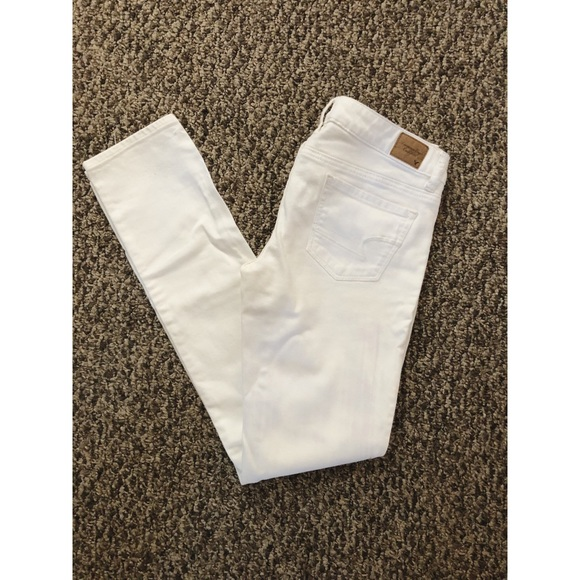 American Eagle Outfitters Denim - NWOT IVORY AE skinny jeans